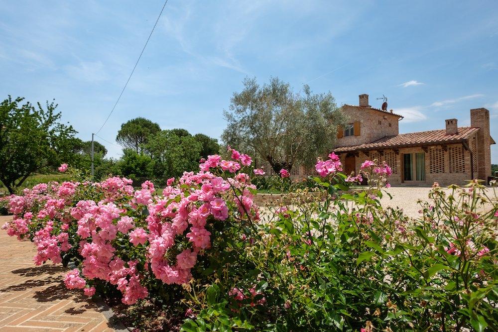 """Borgo Giorgione: il Family Resort umbro con offerte """"sartoriali"""""""
