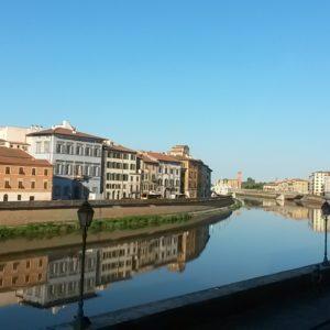 Una notte al volo a Pisa: dormire low cost