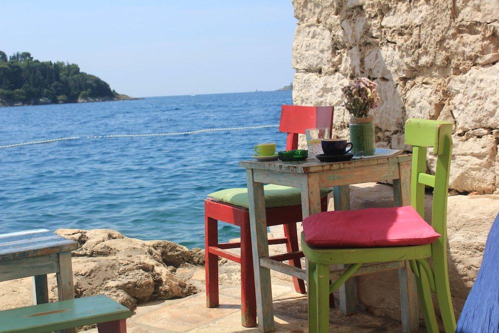 Croazia in nave veloce: mini guida di Rovigno e su come raggiungerla