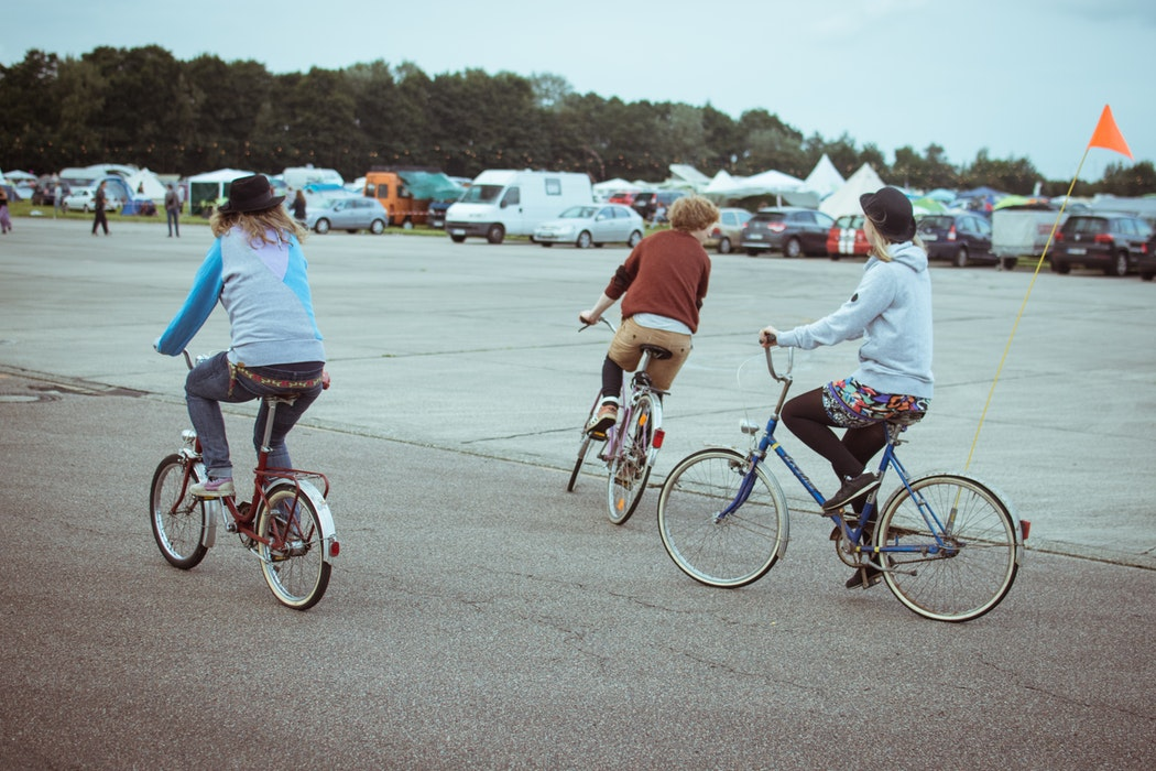 L'abbigliamento adatto per chi va in bicicletta